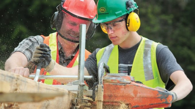 ACE-IT: Teens Building For The Future