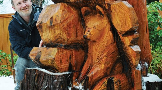 Lumberjack Turns North Vancouver Family's Beloved Tree Into A Bear